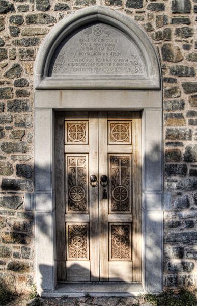 Porte de la chapelle – Presqu'ile d'Elounda